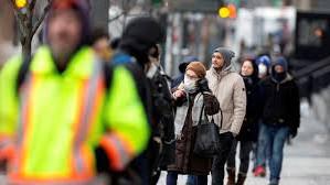 În Canada, tinerii reprezintă majoritatea netă de îmbolnăviri cu Covid-19