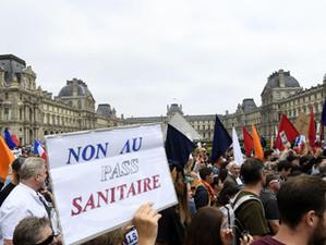 Europa este umbrită de numeroase proteste cauzate de pandemia de coronavirus