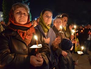69% dintre români au admis faptul că se roagă cel puțin o dată pe zi