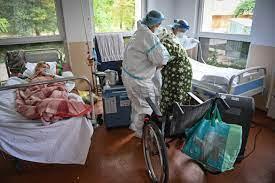 România, îngenunchiată de valul 4 al pandemiei de Covid-19