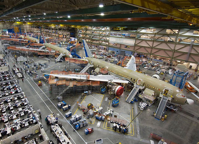 Future of Flight Boeing Factory Tour - 8.8 miles