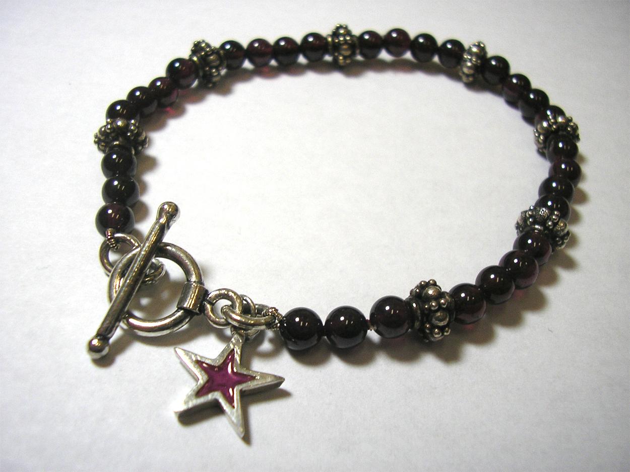 Rhodolite Garnet Star Bracelet