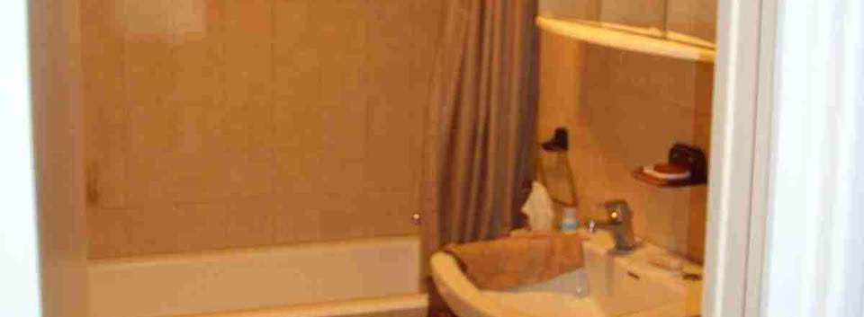 9.1st Floor Bathroom.jpg