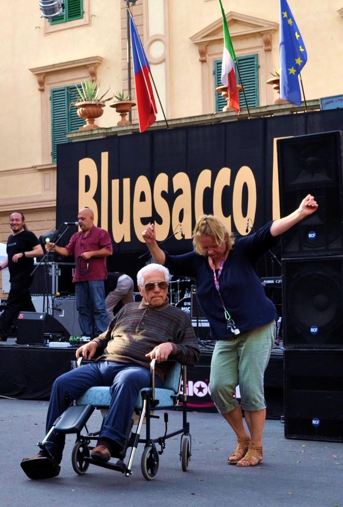 Bluesacco13.jpg