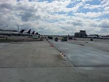 OHare airport runway.jpg