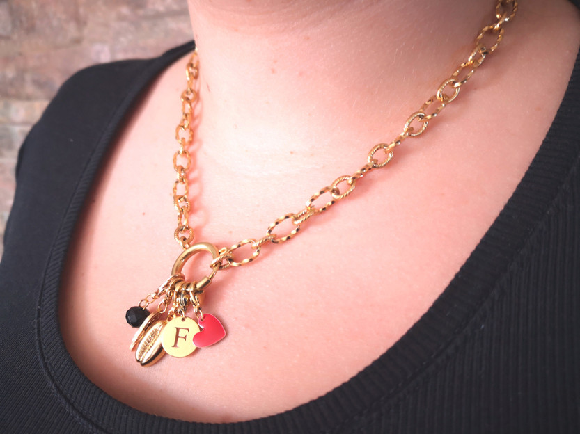 Collier lettres
