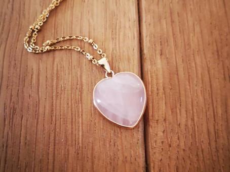 Colliers ornés de cœur