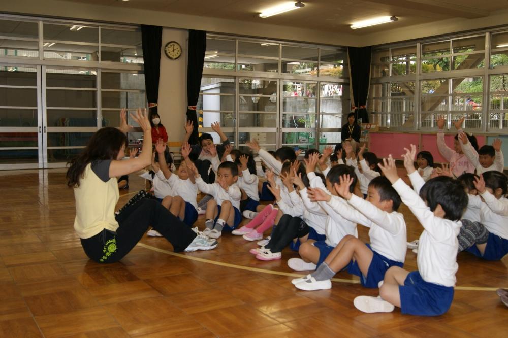 幼稚園教育研究会