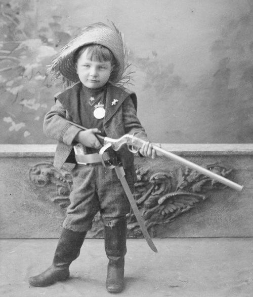 Henry Fischer 1898-1900