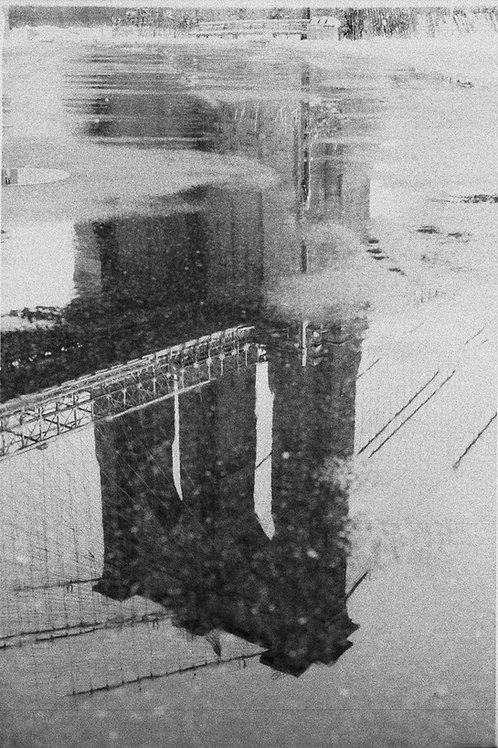 BROOKLYN BRIDGE IN PUDDLE