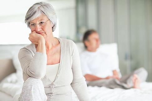 Elderly_couple_sad1.jpg