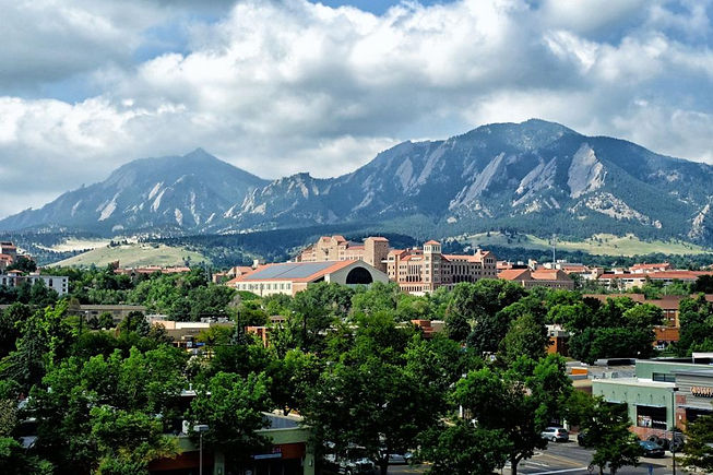 Never-far-from-nature-in-Boulder_cropped
