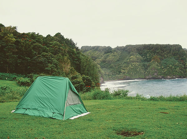 tent on cliff in Hawaii