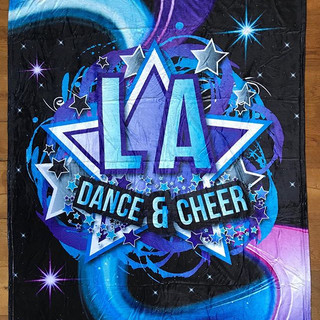 A beautiful #customblanket for _la_dance