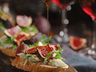Chef Gianluca Deiana Abis: Bruschetta Con Fichi e Prosciutto/ Bruschetta With Figs and Prosciutto