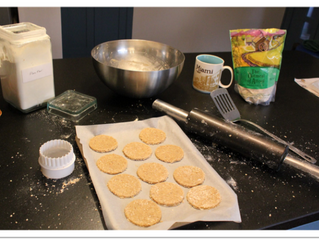 Walnut and black pepper oatcakes (makes about 20, preparation time 20 minutes, cooking time 15 minut