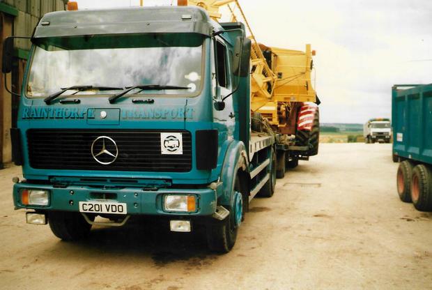 Old Mercedes.jpg