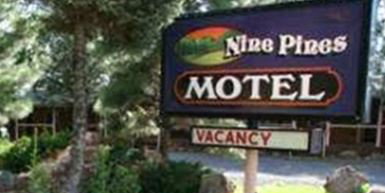 Nine Pines Motel