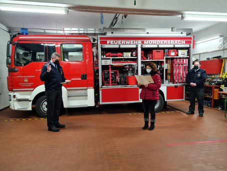 Fahrzeugübergabe und Amtseinführung bei der Feuerwehr Mündersbach