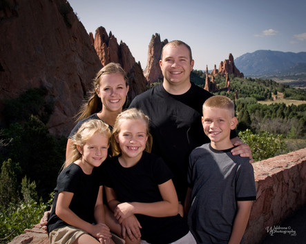 Family Pictures in Garden of the Gods