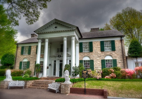 Going to Graceland in Memphis, TN