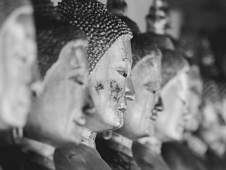 To See the World as Buddha