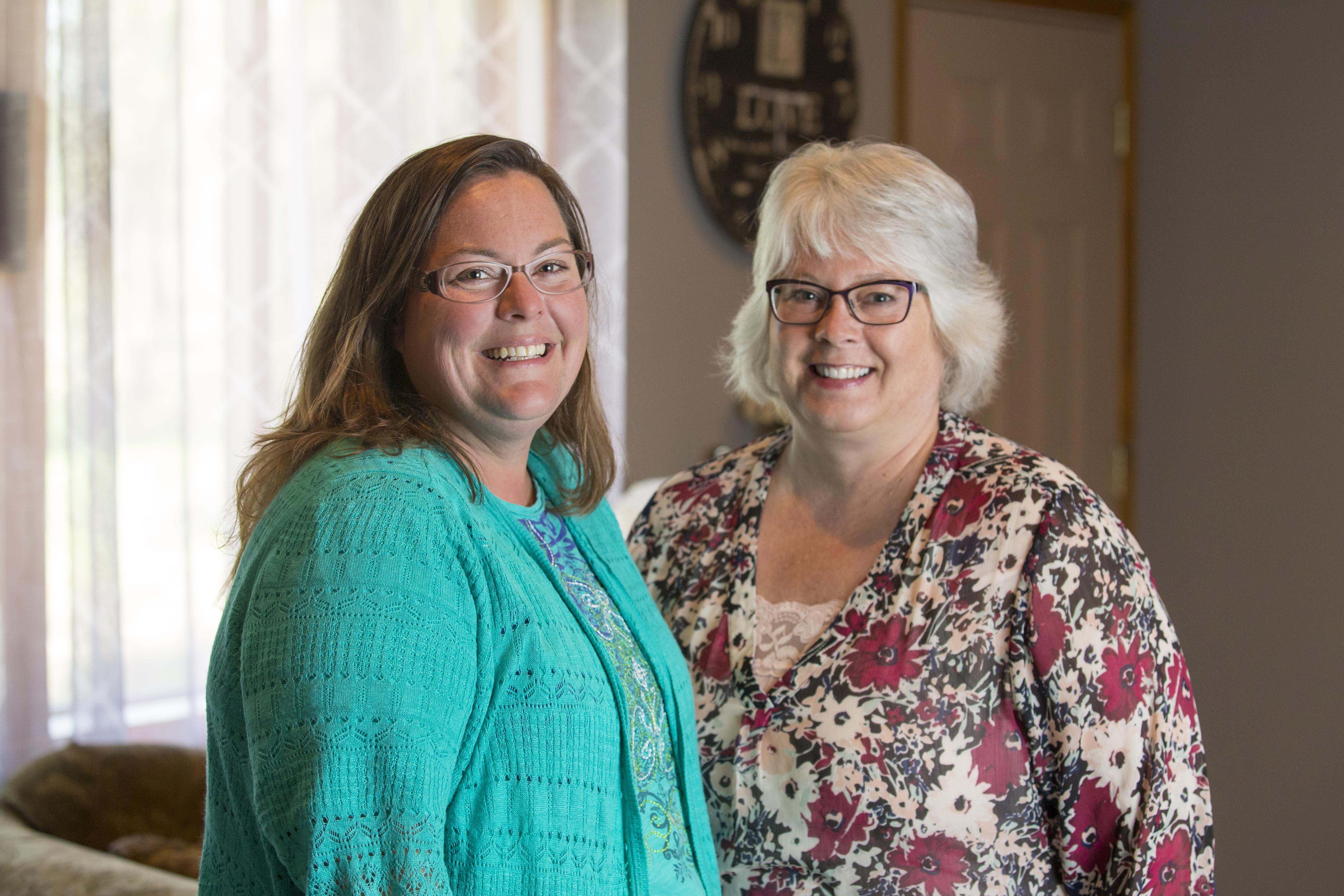 Janice DeWald (Left) Jackie Tomczak