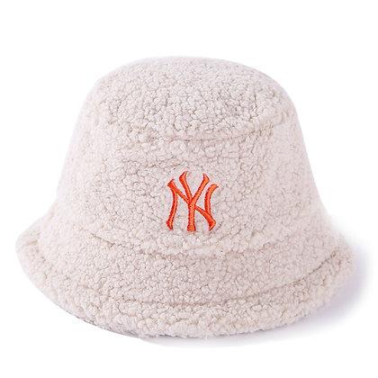 NY FUR BUCKET HAT (WHITE)
