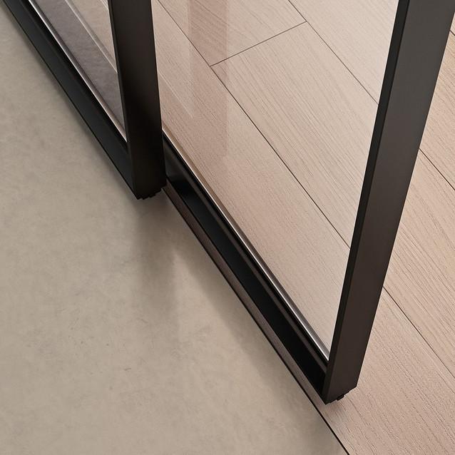 Glass and aluminium sliding door G-LIKE