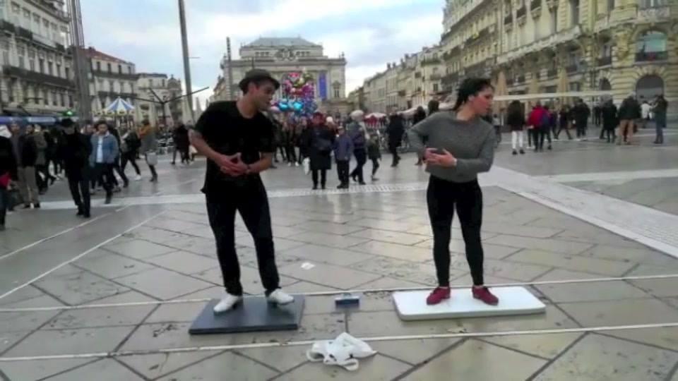 Tap dancers place de la Comédie - Montpellier