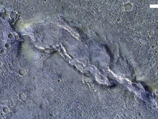 Une photo de la sonde européenne TGO montre la complexité de la surface de Mars