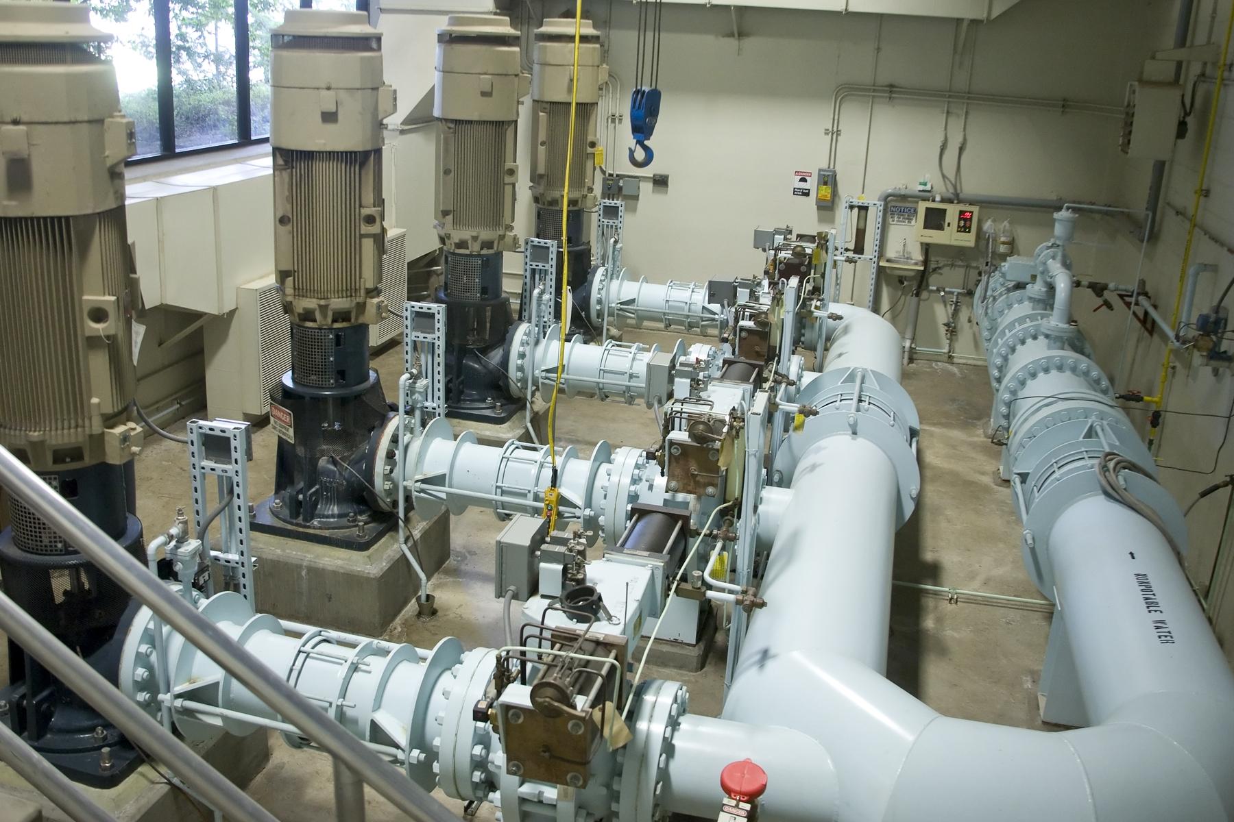 Wastewater Pump 13327865.JPG
