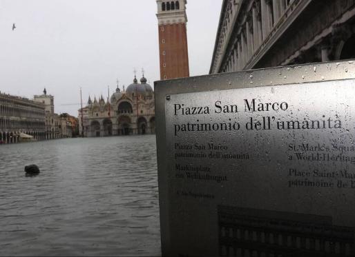 Venise se prépare à une nouvelle marée exceptionnelle dimanche