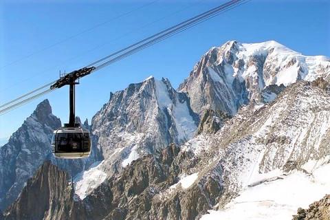 Skyway_Mont_Blanc%20(1)_edited.jpg