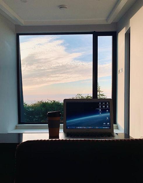 Working Retreat Desktop