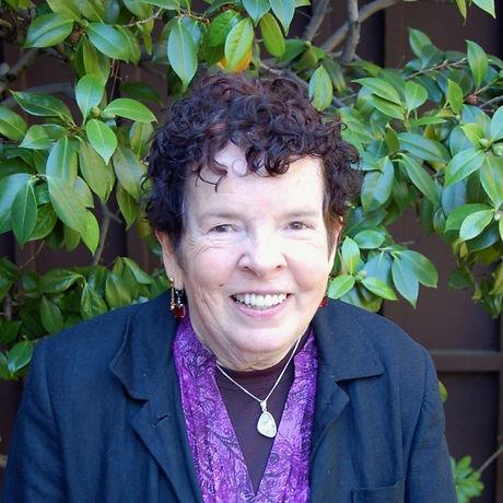 Carolyn-Collins-679x1024.jpg