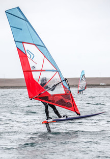 Foiling Windsurfer