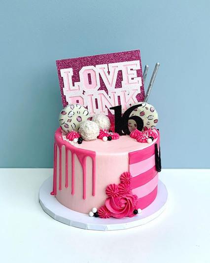 A L L . P I N K Calling all pinkaholics!