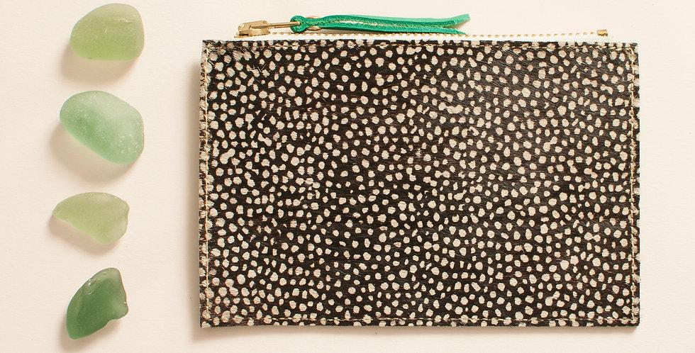 Mini pochette Cancale - poils tachetés & vert printemps