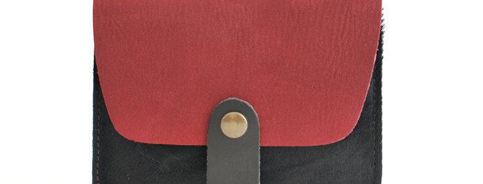 Porte-cartes Tregana - bordeaux nubuck et poils noirs