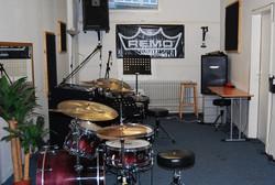 Raum 14, Schlagzeug Pro, mikrofoniert