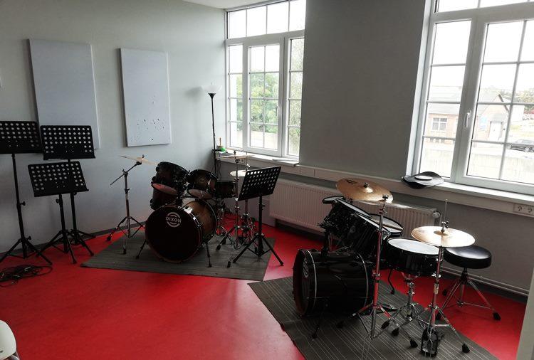 Raum 3, Schlagzeug