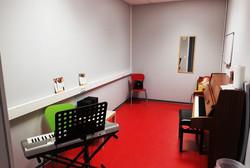 Raum 6, Klavier, Gesang, etc.