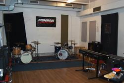 Raum 12, Band, belüftet, für hohe Lautstärke geeignet