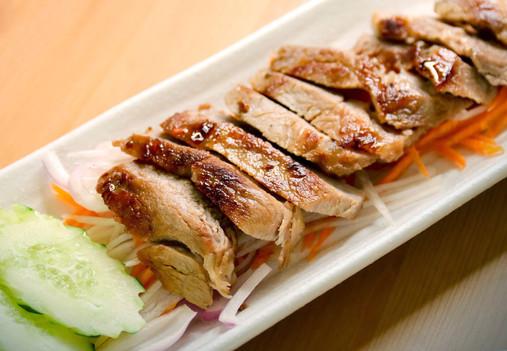 tukwan-thai-style-grilled-chicken
