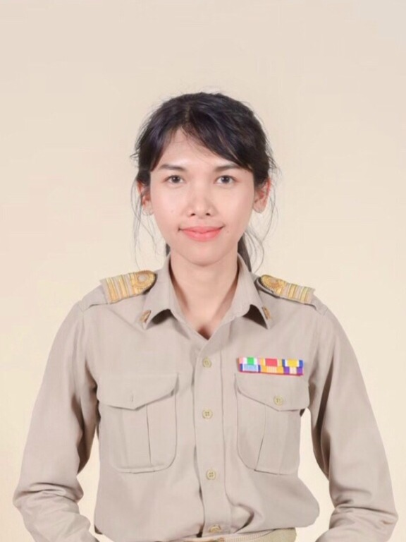 Ms.Piyatida  Seena