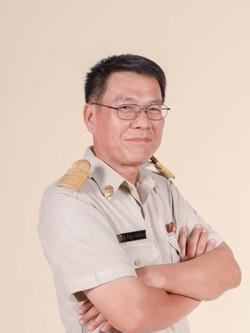 Mr.Parinya  Chaisitsanguan