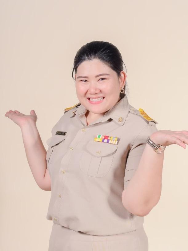 Ms.Sudaphit  Yomjinda