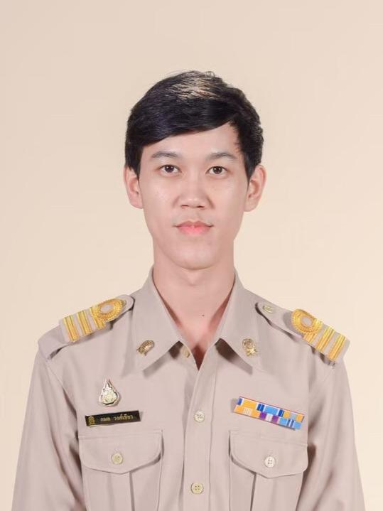 Mr.Kamon  Wongkhiaw