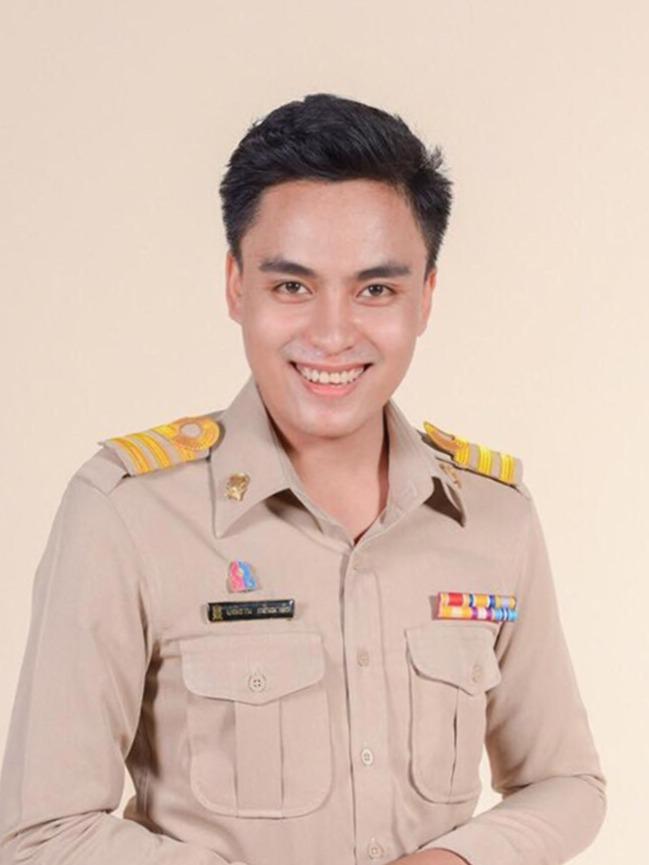 Mr.Panitan  Klinmalai